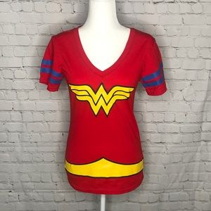 DC comics Wonder Woman tee